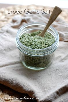 Recipe: Homemade Herbed Garlic Salt with Lemon - This beautiful homemade seasoning salt is overflowing with fresh herbs, flavorful garlic, and zesty lemon peel. You can use this homemade seasoning salt in so many delicious ways, or give it away as a lovel No Salt Recipes, Herb Recipes, Lemon Recipes, Real Food Recipes, Cooking Recipes, Soup Recipes, Homemade Seasoning Salt, Homemade Spices, Seasoning Mixes