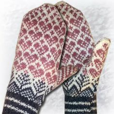 365 saker du kan sticka: Nydelige votter. 365 things you can knit:   Lovely mittens.