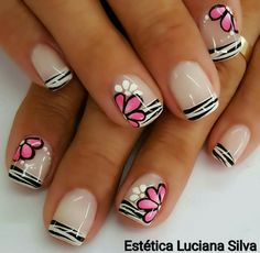Uñas Shellac Manicure, Gel Acrylic Nails, Glittery Nails, Pink Nails, Gel Nail Art Designs, Happy Nails, Cute Nail Art, Flower Nails, Creative Nails