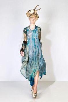 Reem Alasadi  Love the blue and the way the dress falls.