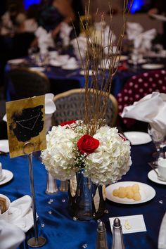 navy blue gold and red wedding starry night theme decorations and table scapes Blue Gold, Navy Blue, Table Scapes, Red Wedding, Wedding Photography, Table Decorations, Night, Home Decor, Decoration Home