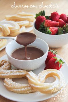 churros con chocolate // the baker upstairs http://www.thebakerupstairs.com