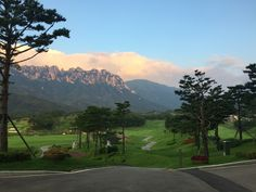 Playing golf with SeorAk view