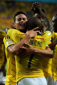 James Rodriguez of Colombia celebrates scoring his team's fourth goal with his teammate Pablo Armero of Colombia during the 2014 FIFA World Cup Brazil Group C match between Japan and Colombia at Arena Pantanal on June 24, 2014 in Cuiaba, Brazil레드9카지노 훌라잘하는법 코리아블랙잭 레드9카지노 훌라잘하는법 코리아블랙잭 레드9카지노 훌라잘하는법 코리아블랙잭 레드9카지노 훌라잘하는법 코리아블랙잭