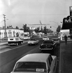 Eastern view of Foothill Blvd., taken just west of Archibald Ave. in Cucamonga. Iconic Photos, Car Photos, Upland California, San Bernardino California, West Covina, California History, Rancho Cucamonga, Los Angeles Area, The Old Days