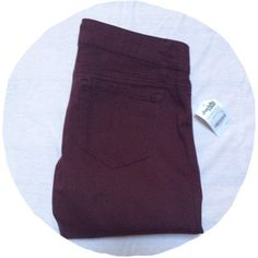 Oxblood Jeggings NWT! Oxblood colored Jeggings by refuge. Purchased at Charlotte Russe. Color best represented in the picture with the tag. Great fall staple! ❌No trades❌ refuge Jeans Skinny