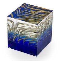 TOMAS HLAVICKA Laminated glass cube