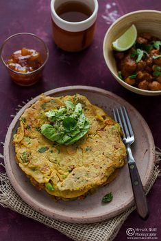 What's For Lunch Honey?: Bollywood Cooking: Chilla - Indian Spiced Chickpea Pancakes with Avocado, Kale and Spinach Chickpea Pancakes, Savory Pancakes, Nutritional Value Of Spinach, Spinach Health Benefits, Indian Food Recipes, Ethnic Recipes, Vegetarian Recipes, Kale And Spinach, Spinach Recipes