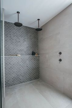 Small Bathroom Decorating Ideas is no question important for your home. Whether you choose the Luxury Master Bathroom Ideas Decor or Luxury Bathroom Master Baths Marble Counters, you will make the best Bathroom Ideas Apartment Design for your own life. Luxury Master Bathrooms, Dream Bathrooms, Amazing Bathrooms, Master Baths, Dream Rooms, Master Master, Small Bathrooms, Rustic Chic Bathrooms, Light Grey Bathrooms