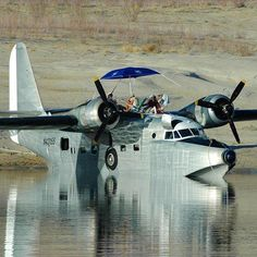 Private Jet services and Their Benefits Grumman Aircraft, Amphibious Aircraft, Fighter Pilot, Fighter Jets, Float Plane, Airplane Design, Flying Boat, Air Ride, Aviation Art