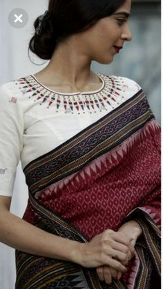 Cotton Silk sarees: free COD WhatsApp Source by pabitrachanu saree Sari Blouse Designs, Fancy Blouse Designs, Blouse Patterns, Embroidery Patterns, Saree Styles, Blouse Styles, Sari Bluse, Indische Sarees, Modern Saree
