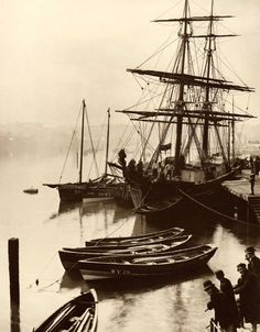 Upper Harbour - Whitby - North Yorkshire - England - Late 1800s