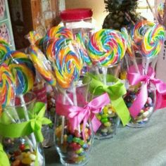 candy center pieces with jelly beans