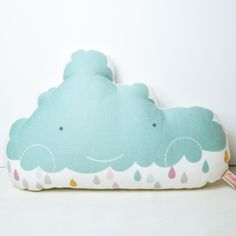 cloud cushion by PinkNounou