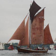 INGE FZ 38  Historie und nähere Informationen im Zeesboot Klassenregister www.braune-segel.de  Hentet på http://www.schiffshistorisches-archiv.de/47.html?&tx_wfqbe_pi1[id]=2131