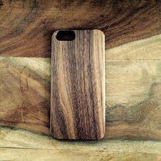 Handytaschen - Iphone 6/6s Hülle,Handyhülle,Case Walnuss Holz  - ein Designerstück von PeterandPace bei DaWanda