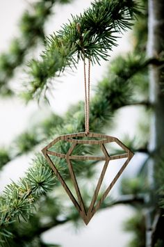 Via DesignLemonade | Ferm Living Diamond | Christmas Decoration