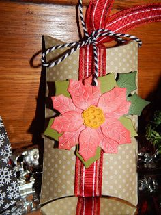 Beverly's Blog: Gift box idea using Tim Holtz Poinsettia die and May Arts ribbon, Twine