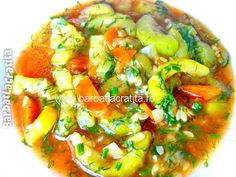 Mancare de dovlecei - this looks so good! Microbiome Diet, European Dishes, Romanian Food, Romanian Recipes, Good Food, Yummy Food, Soups And Stews, Vegan Recipes, Clean Eating