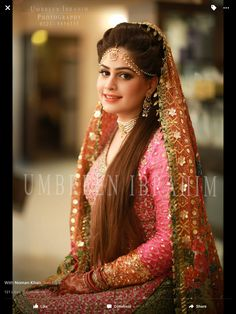 Stylish Bridal Mehndi Frisuren für Ultimate Traditional Look Pakistani Wedding Outfits, Pakistani Wedding Dresses, Bridal Outfits, Wedding Attire, Wedding Wear, Bridal Mehndi, Indian Bridal, Bridal Looks, Bridal Style