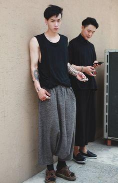 Sullen teenager: Asian fashion edition.