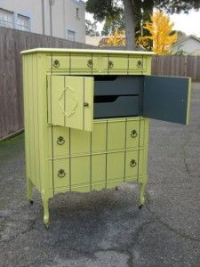 Decorating on a Dime: DIY Furniture | Second Hand Social