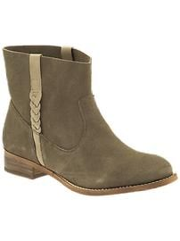 Women: Boots | Piperlime Can I wear these hiking in the Alaska mountains? If so, send me a 6.5.