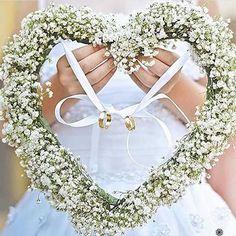 Desejamos a todos um feriado com muito amor! ❤️ #love #amor #wedding #casamento…