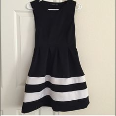 Black and white striped dress. Petite medium. Black and white striped dress. Medium and blue and white striped dress in medium. Trade with karlita. Dresses