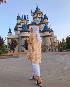 Casual Hijab Outfit, Ootd Hijab, Hijab Chic, Hijab Dress, Modest Outfits, Modest Fashion, Hijab Fashion, Simple Hijab, Minimal Fashion