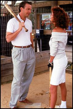 Love baseball, love Costner, love all the quotable lines, love Sarandon's outfits --- love the movie Bull Durham