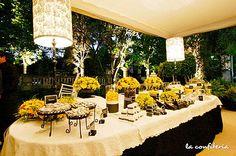 Mesas de postres y Barras de Dulces salados y enchilados para eventos
