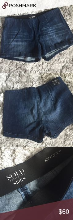 Super Awesome Denim Shorts✨ ✨BNWT✨ Denim Jean shorts from Saks Fifth Avenue. Perfect for summer!! Stretch denim. Size 30. Don't miss out🙌🏼 Saks Fifth Avenue Shorts Jean Shorts
