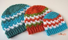 Leaping Stripes and Blocks Beanies :: Free #Crochet Pattern in 5 sizes for the whole family! from @moogly