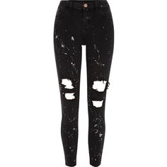 River Island Black ripped paint Alannah relaxed fit jeans (200 PLN) ❤ liked on Polyvore featuring jeans, pants, bottoms, black, sale, women, zipper skinny jeans, torn skinny jeans, super skinny jeans and denim skinny jeans