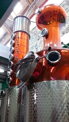 Da Mhile Distillery's beautiful copper still! They make some seriously amazing seaweed gin --> www.damhile.co.uk/shop/seaweed