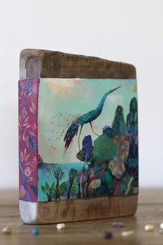 Découvrez le temps d'une balade mes illustrations jeunesse, mes créations originales sur bois, mes couleurs, mes collages, mes colères de papier, les colchiques dans les près...