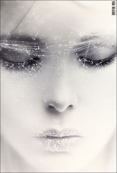 By Jan Mcline variously called Muse or Snow Queen. She is the kiss of death. This is the dark side of the Snow Queen. Snow Queen, Ice Queen, Elfen Tattoo, White Photography, Portrait Photography, Glamour Photography, Fantasy Photography, Fantasy Magic, Byron Katie