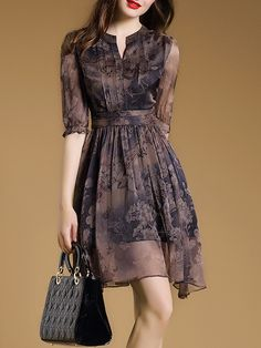 Shop Floral Imprint Chiffon Short Day Dress on sale at Tidestore with trendy design and good price. Come and find more fashion Short Day Dresses here. Lovely Dresses, Day Dresses, Vintage Dresses, Dress Outfits, Casual Dresses, Short Dresses, Fashion Dresses, Summer Dresses, Simple Dress Casual