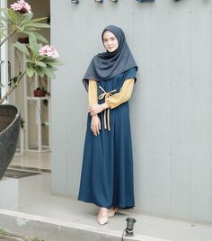 Hijab Style Dress, Modest Fashion Hijab, Muslim Fashion, Fashion Dresses, Hijab Casual, Hijab Outfit, Modest Dresses, Modest Outfits, Elegant Dresses