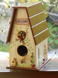 Cute birdhouse!