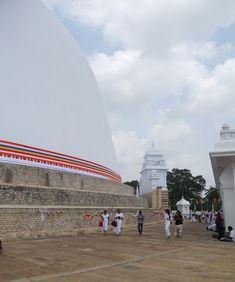 Anuradhapura, O Triângulo Cultural Sri Lanka, Cultural, Louvre, Clouds, Building, Travel, Temples, Places, City