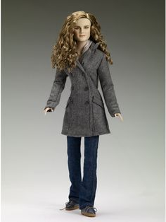 Hermione Granger Deathly Hallows Robert Tonner Doll Figure From Harry Potter Rare Limited Edition of Only 350 by Tonner Dolls Harry Potter Hermione Granger, Harry Potter Toys, Harry Potter Miniatures, Harry Potter Merchandise, Draco Malfoy, Blythe Dolls, Barbie Dolls, Collection Harry Potter, Deathly Hallows