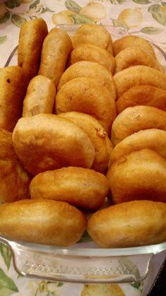 Greek Recipes, Pretzel Bites, Hot Dog Buns, Food And Drink, Cooking Recipes, Sweets, Bread, Blog, Gummi Candy