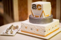 Art Deco, silver, gold wedding cake, elegant, fondant Photo By M.Studios