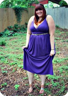Look like a goddess in your plus size summer dress! Spotted on The Fat Girl's Guide (thefatgirlsguide.com)