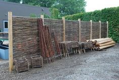 Locally grown, harvested and hand crafted Wattle and Hurdle panels, woven from the coppice wood of willow. Coppicing is the practice of cutting trees or shrubs to the quick, with the intent of harv… Stone Fence, Brick Fence, Front Yard Fence, Fence Stain, Pallet Fence, Metal Fence, Wire Fence, Fence Landscaping, Backyard Fences