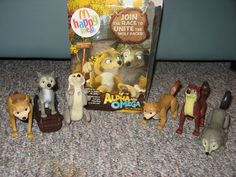 Alpha and Omega toys. Want!