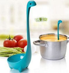 Do your kids like drinking soup? Do you feel boring when having meals? Do your kitchen tools look like interesting? The Loch Ness Monster ladle will help you to solve the problem.