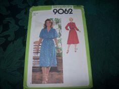Simplicity Dress Pattern 9062 Vintage Pattern 1970s by vintagecitypast on Etsy